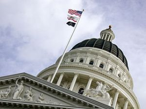 320px-California_Capitol,_Sacramento,_California